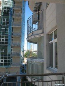 1348685076_balcony-glass-3