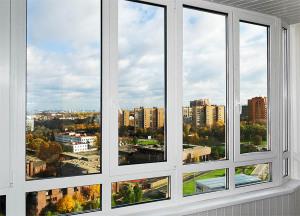 teploe-osteklenie-balkonov